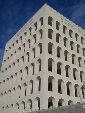 Rzym Dzielnica EUR Koloseum