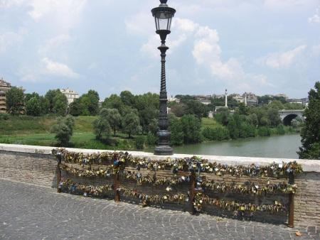 Rzym Most Miłości